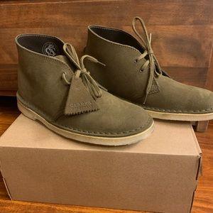 Clark's dark olive suede desert boot.